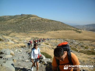 Laguna Grande de Gredos - Sierra de Gredos; viajar en semana santa; viajes en diciembre